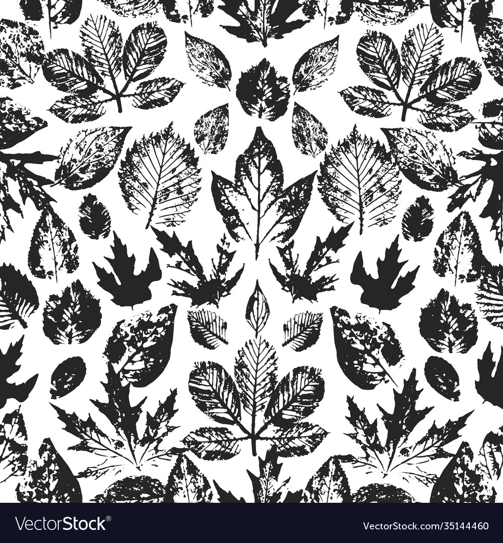 Seamless autumn pattern with leaves hand drawn
