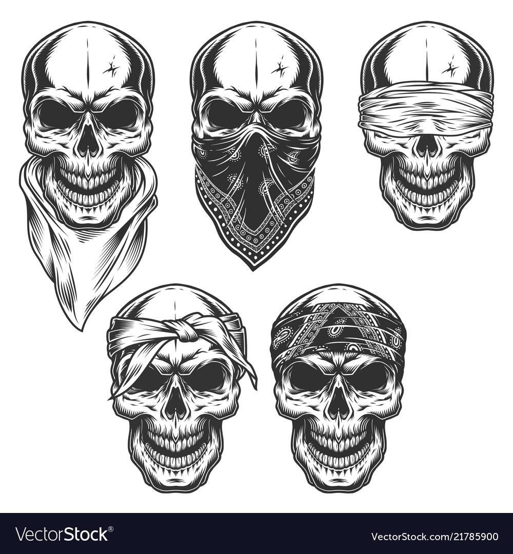 Set skull in bandanas