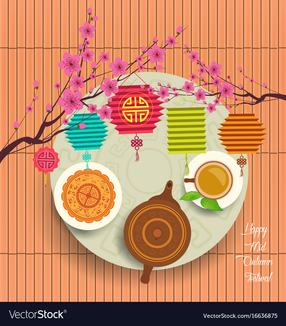 Chinese moon cake and green tea for mid autumn
