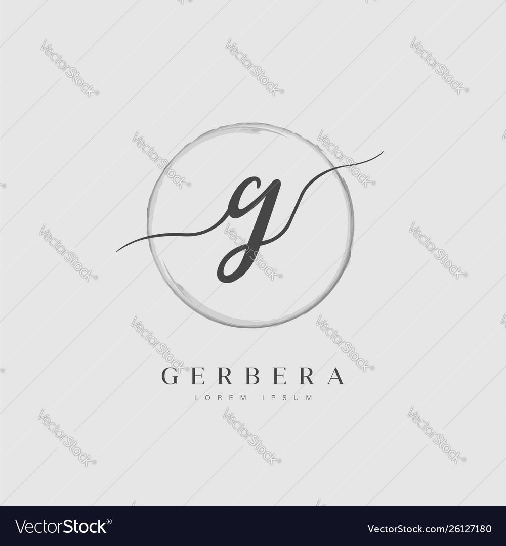 Elegant initial letter type g logo
