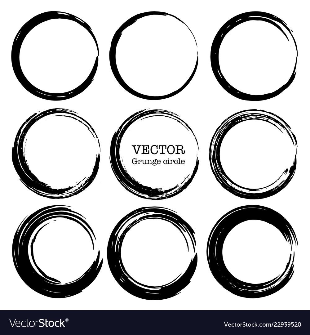 Set of grunge circles shapes