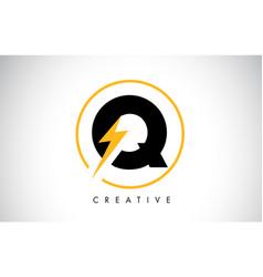 q letter logo design with lighting thunder bolt vector image