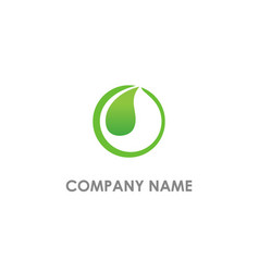 round green leaf organic logo vector image