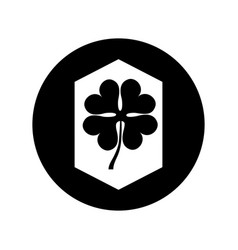 clover leaf isolated icon vector image
