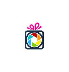 Lens gift logo icon design vector