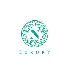 N letter logo luxurybeauty cosmetics logo vector