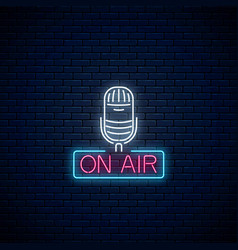 neon on the air sign with microphone on dark vector image