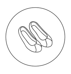 korean traditional shoes icon in outline style vector image