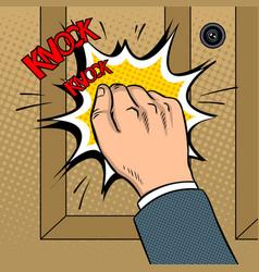 Hand knokning door pop art vector