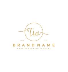 Letter tw feminine logo design vector