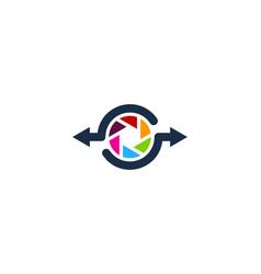 lens share logo icon design vector image