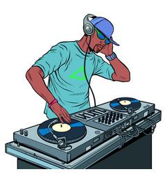 Black man dj on vinyl turntables concert music vector
