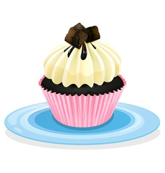 cake in a plate vector image