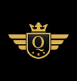 letter q shield wing vector image vector image