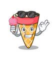 With ice cream ice cream tone character cartoon