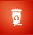 recycle bin with recycle symbol icon isolated vector image vector image